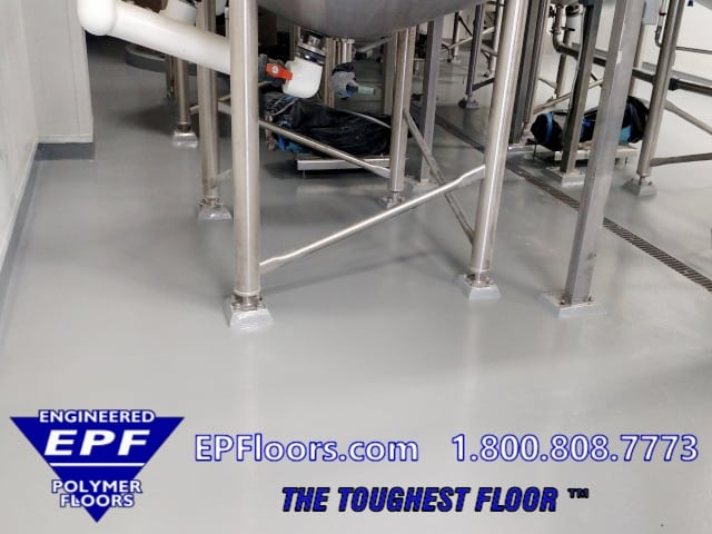 chemical resistant seamless floor